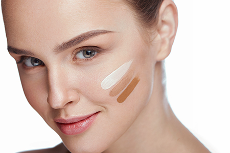 Your Makeup Manual: How to Choose the Right Shade of Foundation?